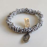 Konplott Bead Snakes elastisches Armband in silber/weiß matt 5450543621708