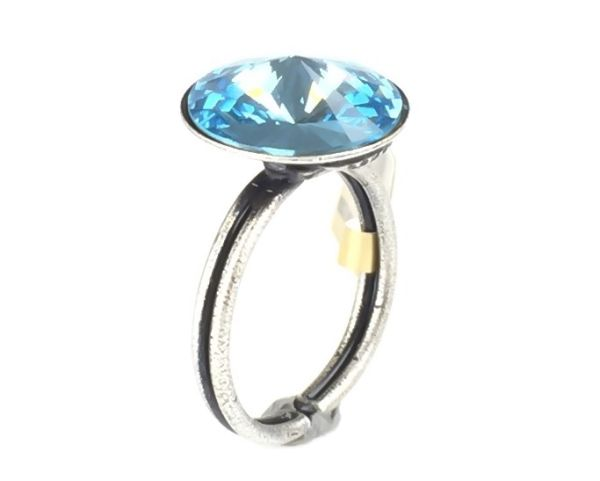Rivoli aquamarine Ring
