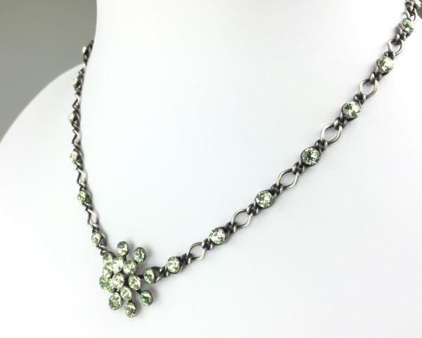 Konplott Magic Fireball Halskette steinbesetzt mit Anhänger in chrysolite, hellgrün 5450527612081