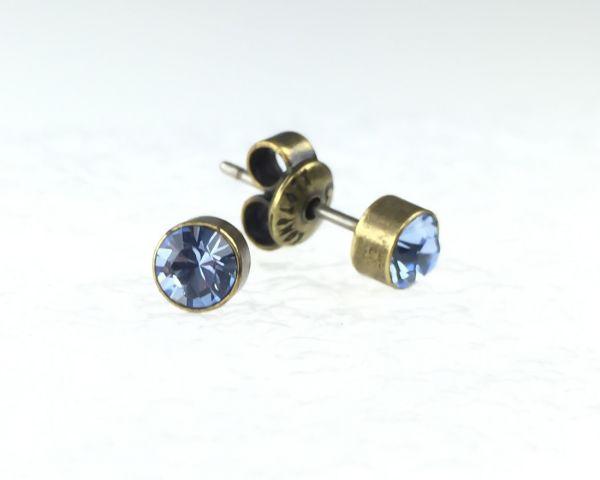 Konplott Black Jack Ohrstecker klassisch rund klein in Light Sapphire 5450527266550