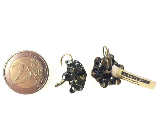 Konplott Bended Lights Ohrhänger mit Klappverschluss in Olivgrün 5450527759540