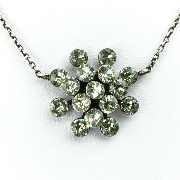 Magic Fireball Halskette mit Anhänger in chrysolite, hellgrün