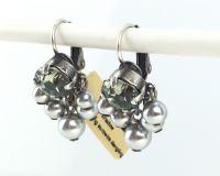 Vorschau: Konplott Pearl Shadow black diamond 5 Perlen Ohrhänger mit Klappverschluss 5450527480833