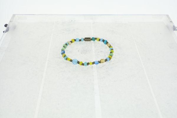 Konplott Petit Glamour d'Afrique Armband in blau/gelb 5450543913711