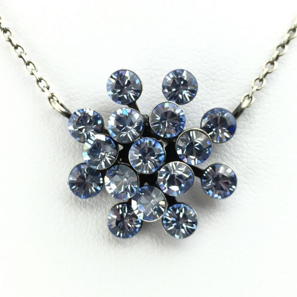 Magic Fireball Halskette mit Anhänger in light sapphire, hellblau